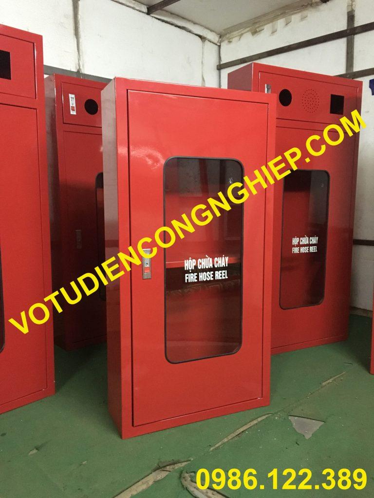 Votudiencongnghiep gia công tủ chữa cháy số lượng lớn